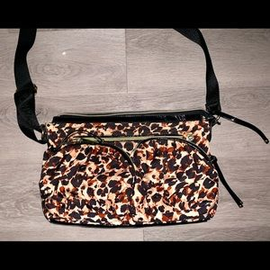 DESIGNED BY BETSEY JOHNSON PURSE!!!! Fab Condition